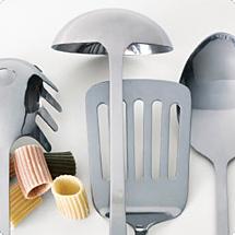 Kuchyňské nádobí a náčiní