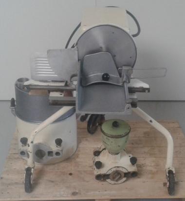 Univerzální robot HU 1000