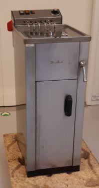 Elektrická fritéza s vodním filtrem Movilfrit FH 17
